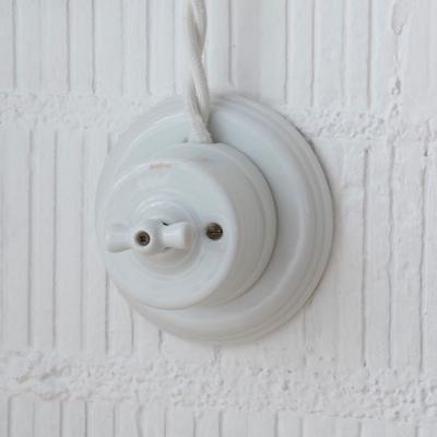 Interrupteur porcelaine pose en saillie
